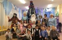 Новогодний поезд из Октябрьский КДК в детском саду у Песоченских детишек.